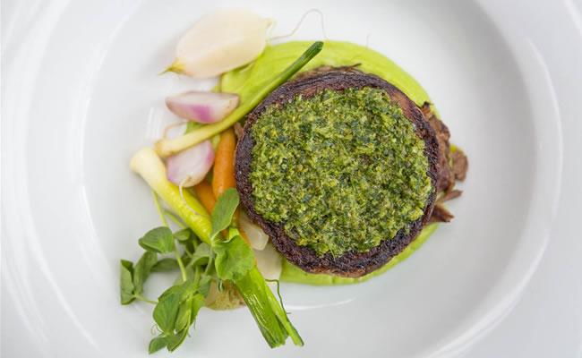 Plateau restaurant food