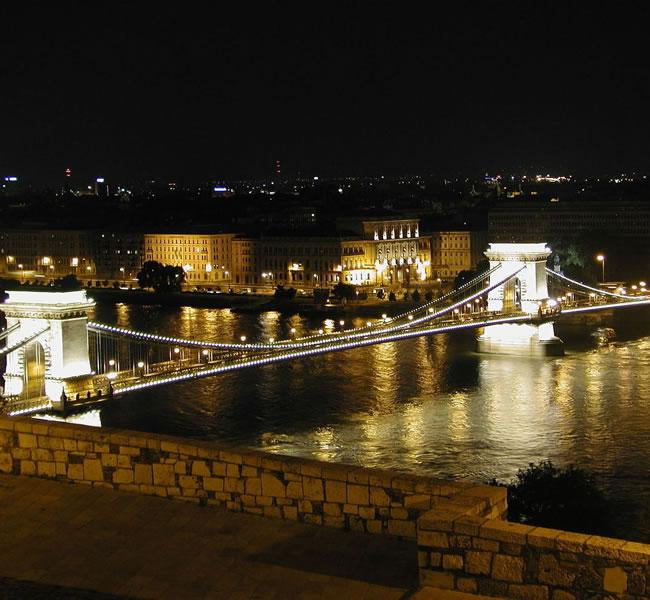 Budapest at night. Image copyright: FreeImages.com/Sandor Fegyverneky