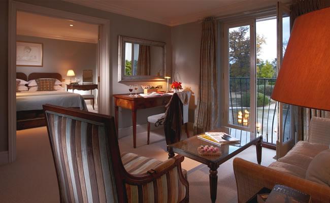 deluxe suite at the vineyard hotel in newbury, berkshire