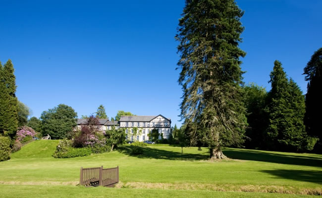 Lake Country House offers fantastic tennis facilities