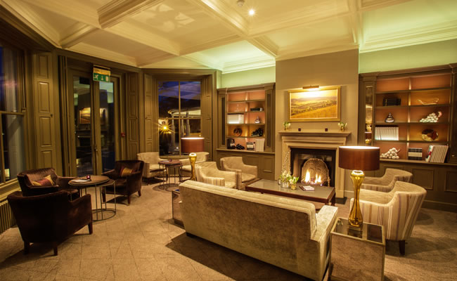 The Vineyard Hotel Bar