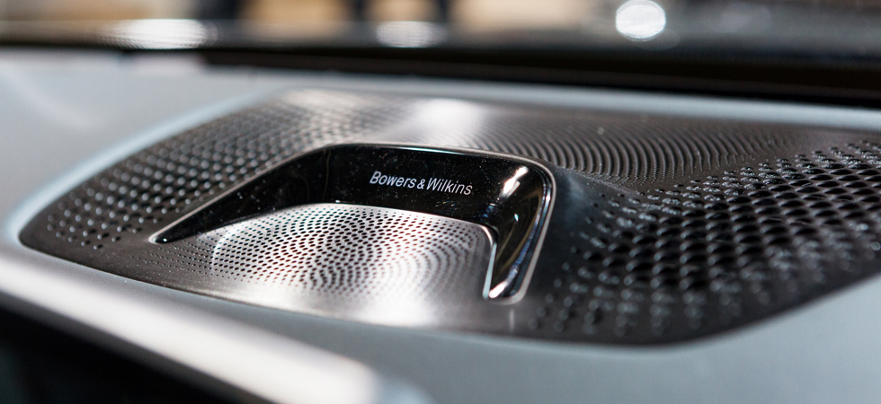 Providing acoustic and design symphony Bowers & Wilkins combine with BMW.