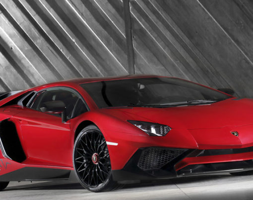 Coming soon to the market is the Lamborghini Aventador LP 750-4 Superveloce Roadster.