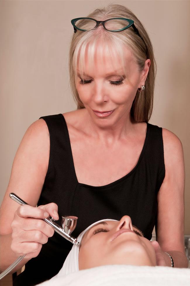 London facialist Linda Meredith
