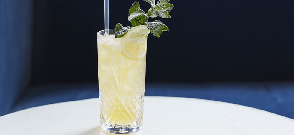 Elderflower & Earl Grey Fizz