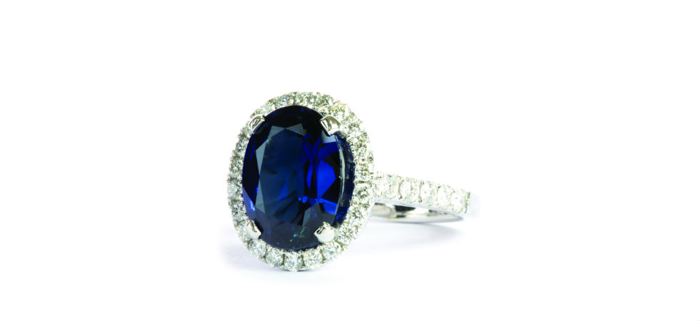 natural-sapphire-diamond-ring