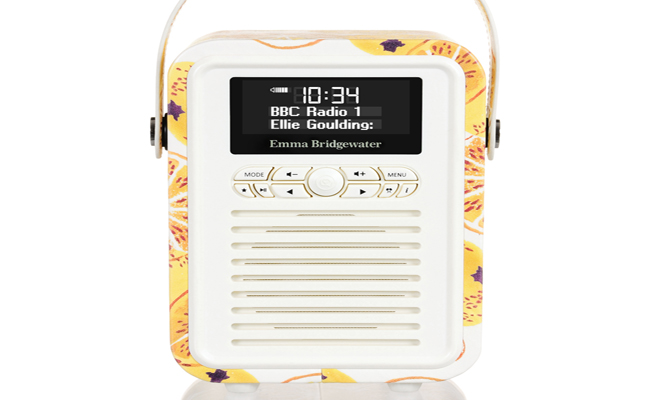 Available in four funky modern prints, this throwback retro radio will bring happiness to your home.