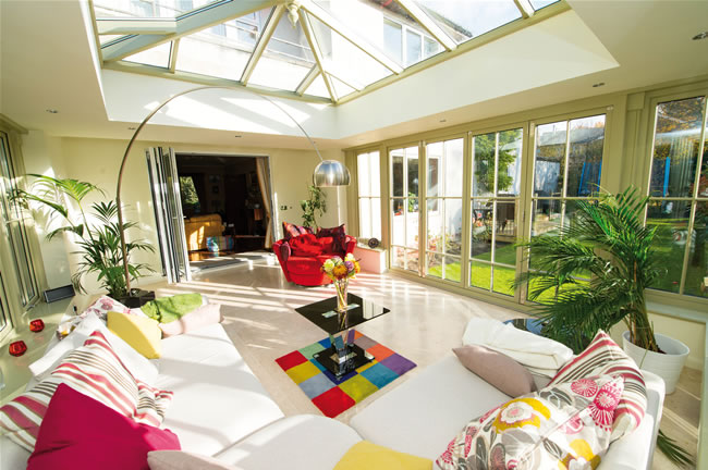 Colour can be just as empowering in an orangery as it can create a vibrant room that evokes the sense of positivity and happiness