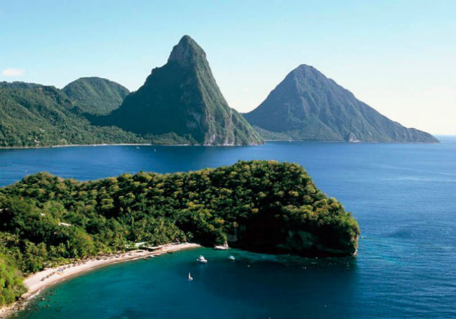 Bay-Pitons-St-Lucia