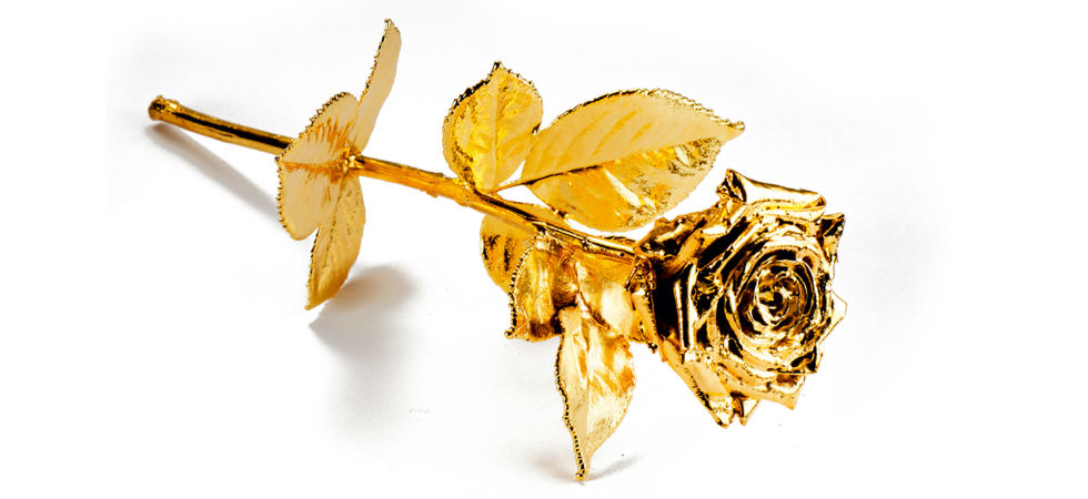 Gold Gilded Roses Give The Ultimate Gift This Valentine S Day With Sharps Pixley Luxury