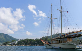 Kata Rocks' launches luxury 'Stay and Sail' package