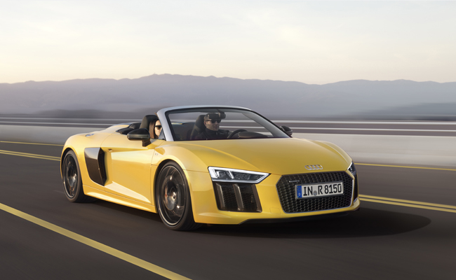 Pictured in Vegas Yellow, the R8 Spyder is set for 2016 order availability.