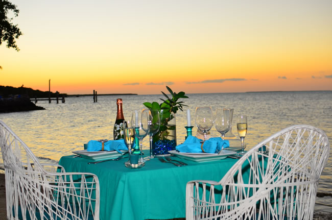 To dine on a natural beach in the Keys, head for Marker 88