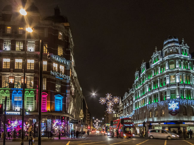 With an average house price of £1,305,055, South West borough Knightsbridge is not far behind Chelsea in the rich-stakes