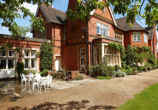 Cantley House Hotel in Wokingham, Berkshire
