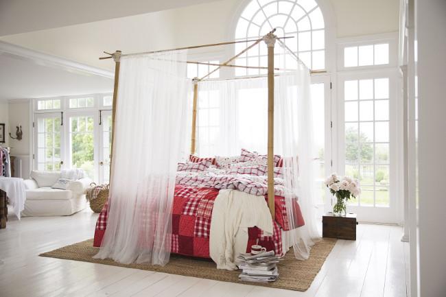 Lexington Spring Bedroom