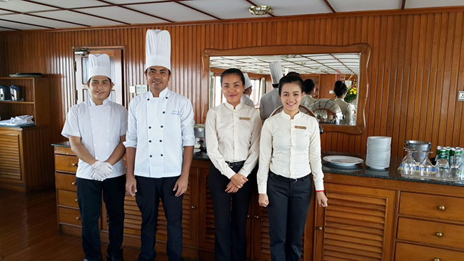 Hong and the Dining Team
