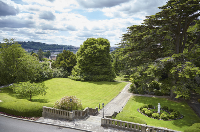 Bath Spa Garden View (1)
