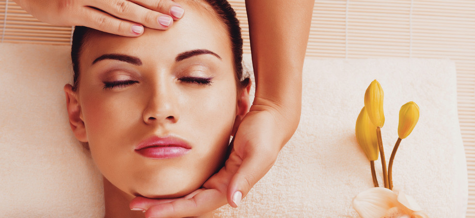 Health Benefits Of An Indian Head Massage Why You Need To Try An Indian Head Massage Luxury