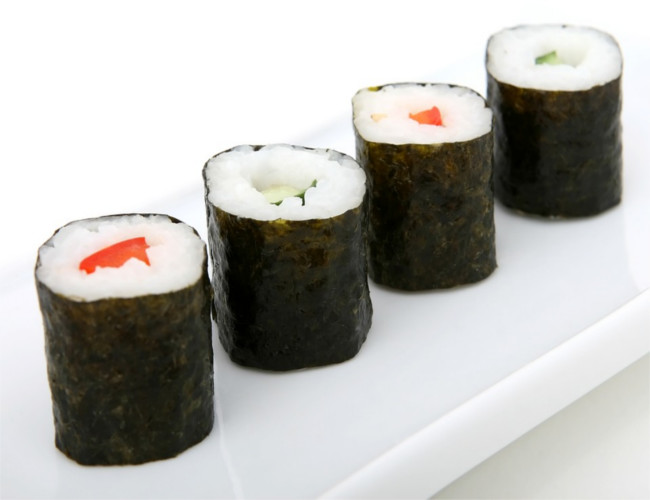Sushi's white refined rice can cause blood sugar imbalance. Image Credit: pixabay.com