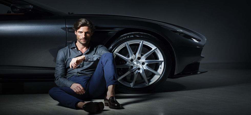 Hackett announce partnership with fellow iconic British brand Aston Martin.
