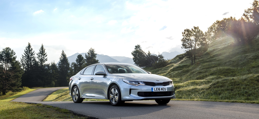 Hybrid models continue to make waves in the automotive industry.