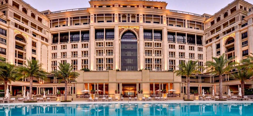 Hotel Review Palazzo Versace Dubai United Arab Emirates on most comfortable gaming chair