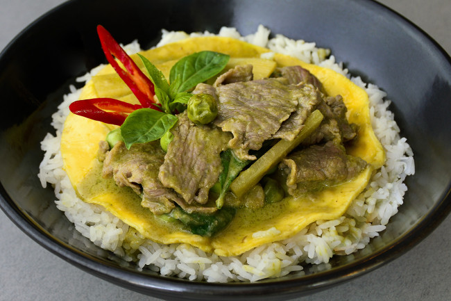Rice - Beef in green curry sauce_2