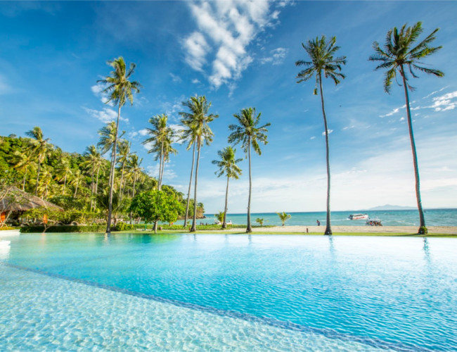 Stunning pool overlooking the white sands of Phi Phi Island Beach Resort.