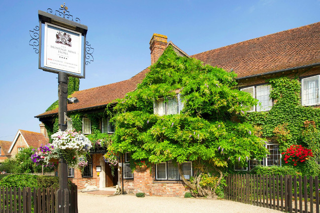 The Montagu Arms, Beaulieu in Hampshire