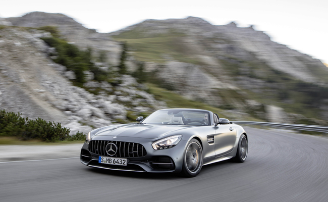 Mercedes AMg bolster their range with the AMG GT C Roadster.