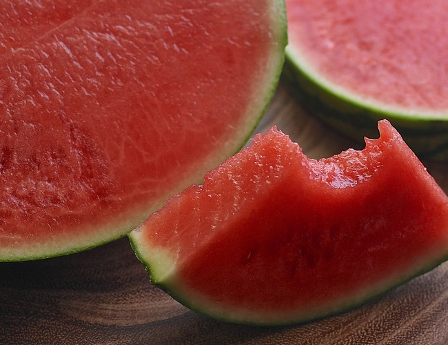 Watermelon is a potent antioxidant. Image credit: pixabay.com.