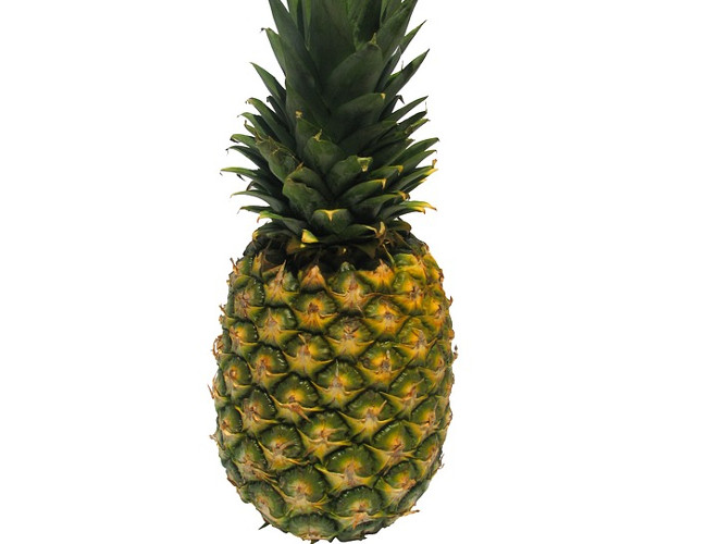Pineapples help the digestive system. Image credit: pixabay.com.