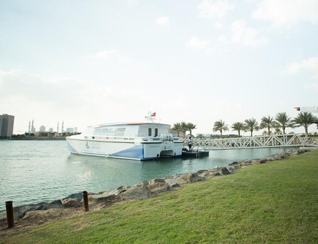 Explore Abu Dhabi at Yas Marina in a luxury Hunton yacht. Image Credit: pixabay.com.