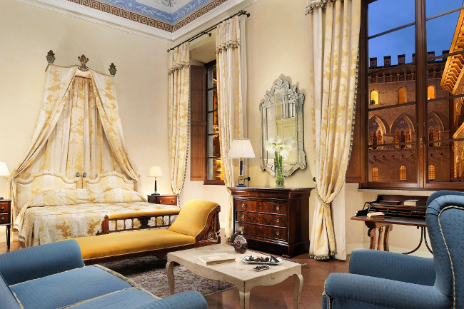 The Grand Continental is a stately and exquisite five-star palace hotel