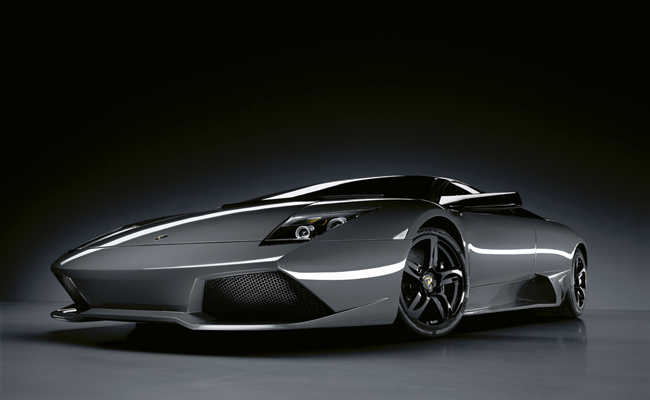 Bat inspired Murcielago features in our halloween spooktacular list of models.