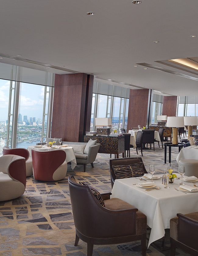 """TING, derived from the Chinese word for """"living room"""", is the collective name for the restaurant and lounge on Level 35"""