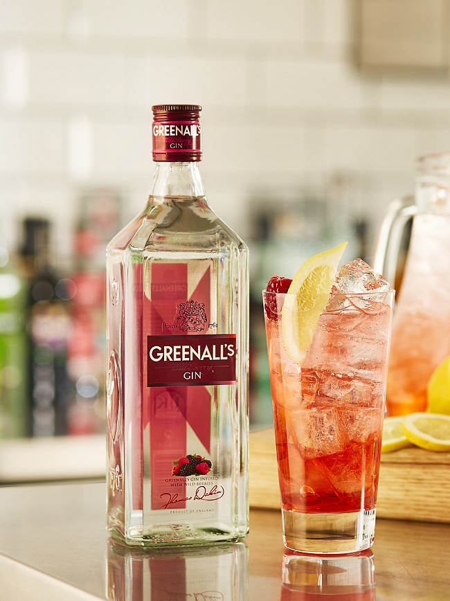 greenalls_wild-berry-tonic-_pitcher