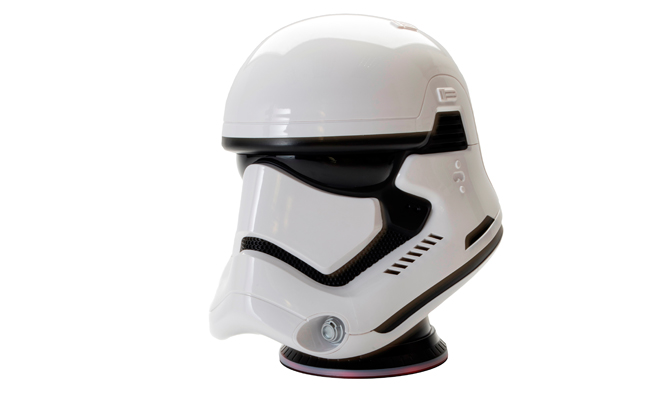Create your own world and dimensions, thanks to this star wars designed helmet that comes available in three character designs.