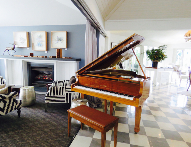 Lake House Daylesford Argyle Library piano