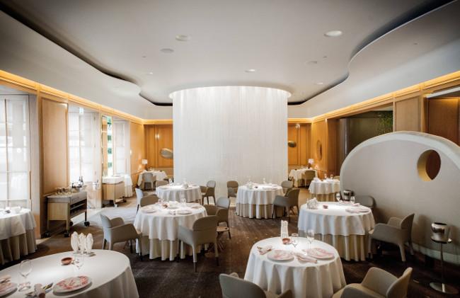 Main Dining Room_Alain Ducasse at The Dorchester®pierremonetta-9197 - LR