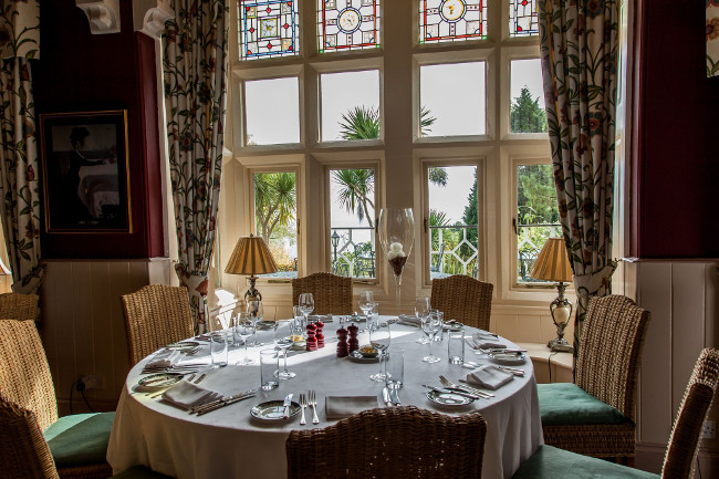 ORESTONE MANOR RESTAURANT