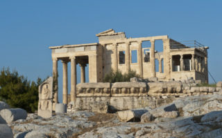 Athens_Acropolis_Erechtheion_002_photo_Y_Skoulas