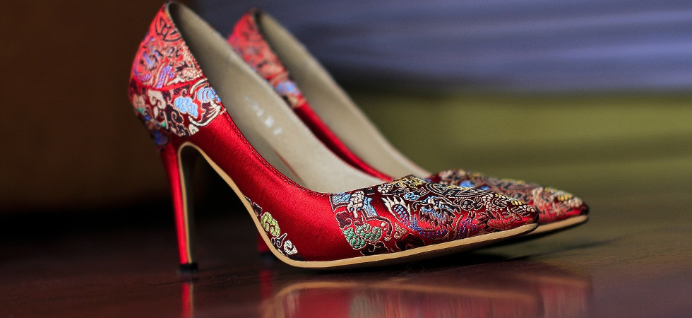 Fashion Beauty Rate: Trendy & Comfortable? Podiatrist Rates Shoe Trends For