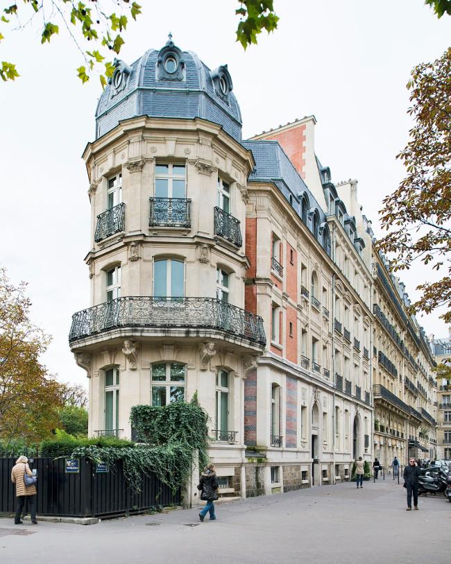 la rserve paris apartments avenue deylau in paris france - Paris Apartments
