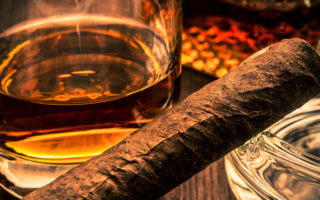 The ultimate cigar & whiskey pairings