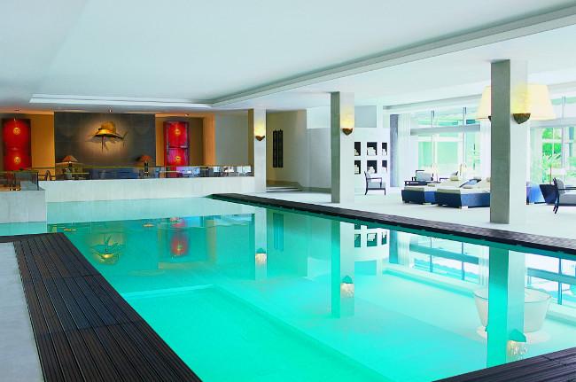 The 18 meter indoor pool