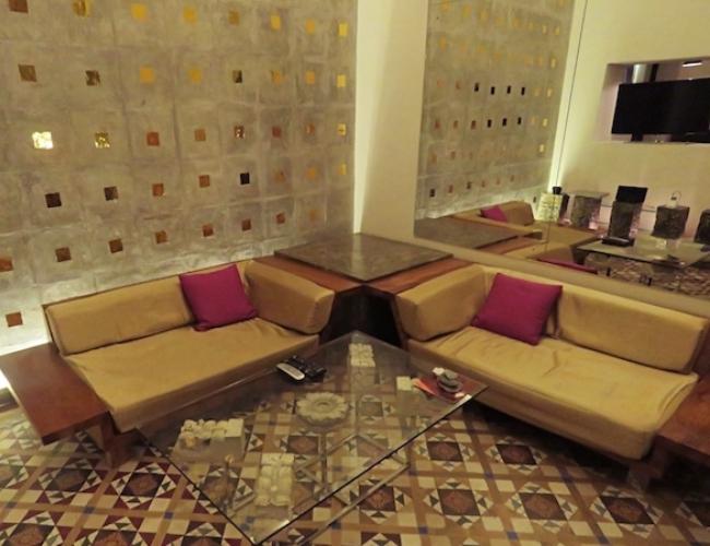 Casa Colombo suite lounge
