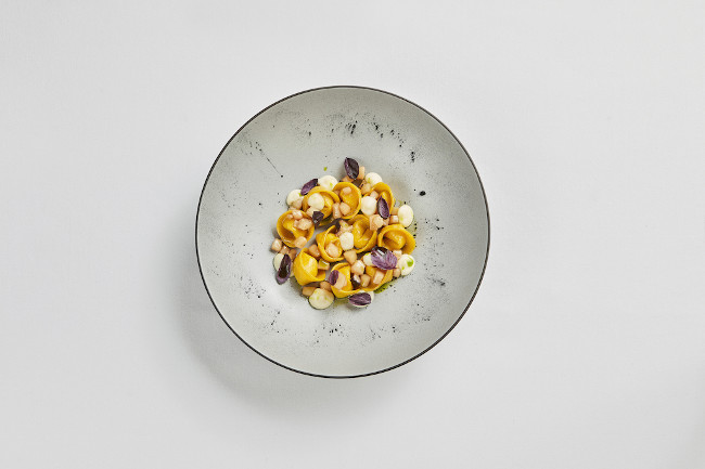 Pumpkin ravioli with cabbage, borettane onion and lentil sauce copy