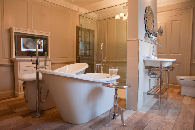 Vanbrugh House Hotel Bathroom